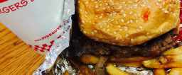 The New Art of the Dirty Burger: Five Guys